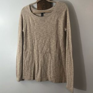 Tan long sleeve sweater by Gap size Medium